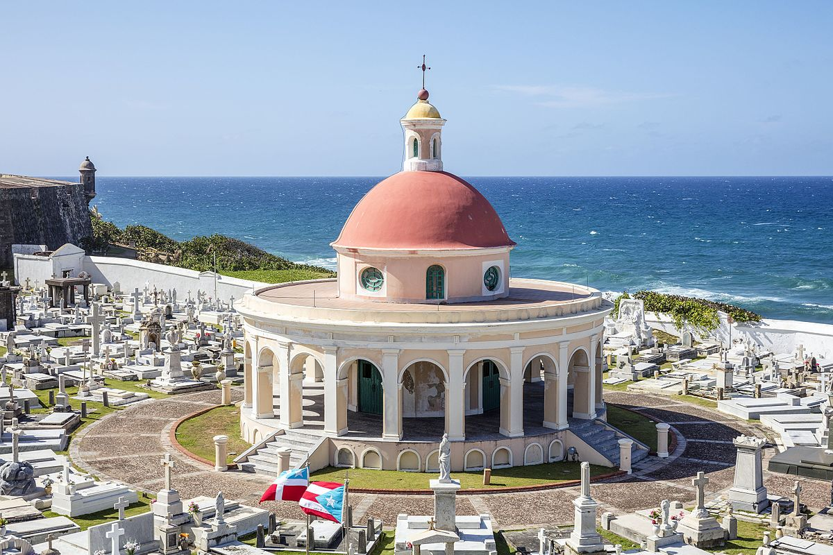 USA-2016-Puerto_Rico-San_Juan-Santa_María_Magdalena_de_Pazzis_Cemetery